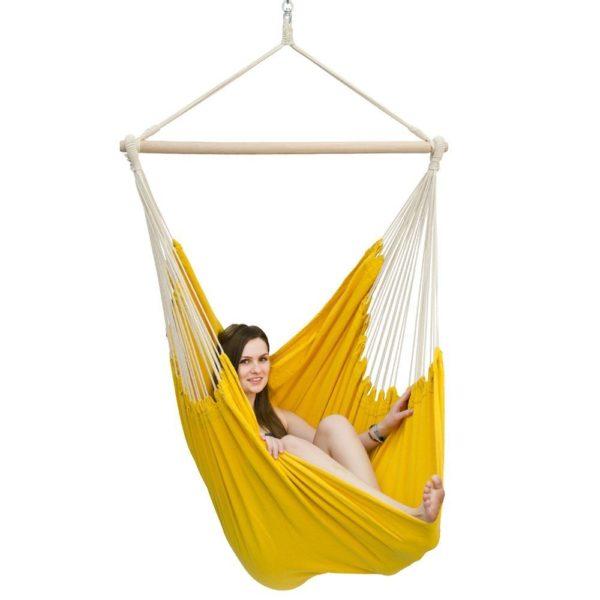 come arredare il giardino con il giallo accessori per esterno. Black Bedroom Furniture Sets. Home Design Ideas