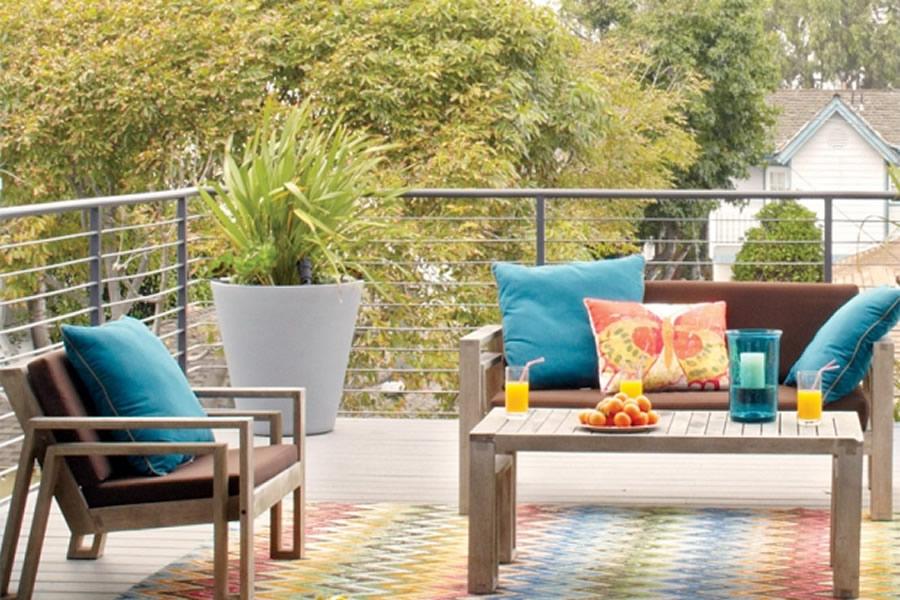 divano da terrazzo in legno