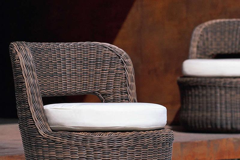 Divani da esterno e poltrone da giardino accessori per for Arredo giardino divani